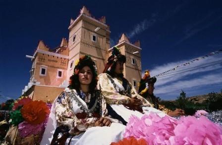 قلعة مكونة تحتضن النسخة 54 من مهرجان الورود