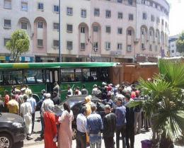 الدار البيضاء في اصطدام بين شاحنة وحافلة نقل عمومي وسيارة خفيفة