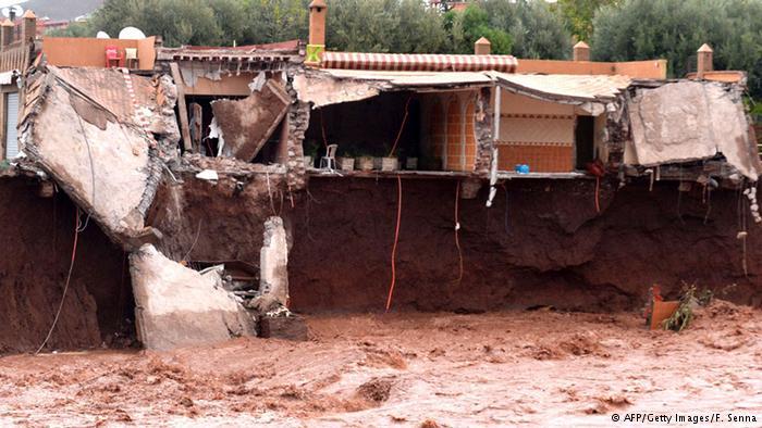 عاجل : فيضانات أوريكا تحاصر المواطنين وتستنفر الدرك الملكي والوقاية المدنية