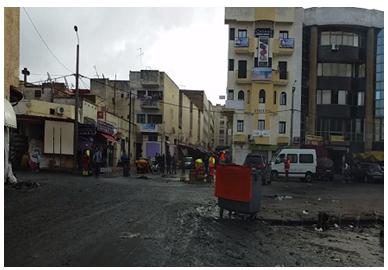 السلطات المحلية تشن حملة لتحرير الملك العمومي بوسط المدينة