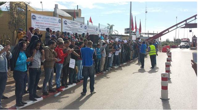 وقفة احتجاجية بالطريق السيار الرابط بين برشيد و الدار البيضاء