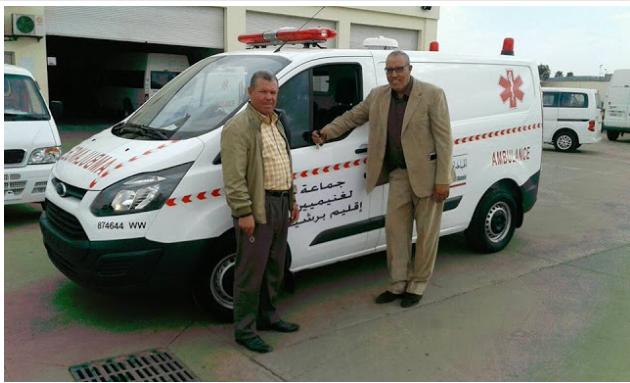 الخدمات الصحية بجماعة الغنيميين تتعزز بإقتناء سيارة اسعاف جديدة