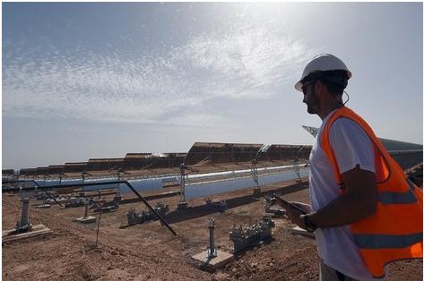 """البنك الدولي يشيد بثورة المغرب في اعتماد """"الطاقات النظيفة"""