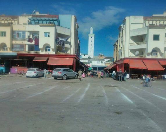 تجار الحوم الحمراء وشواية بحد سوالم إقليم برشيد يحتجون ؟؟