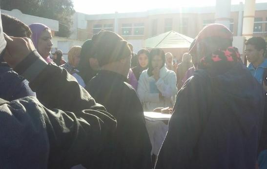 وقفة احتجاجية أمام ثانوية الخوارزمي التأهيلية بسيدي رحال الشاطئ إقليم برشيد