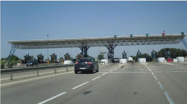 اعتصام مفتوح لمستخدمو مراكز الإستغلال للشركة الوطنية للطرق السيارة بالمغرب