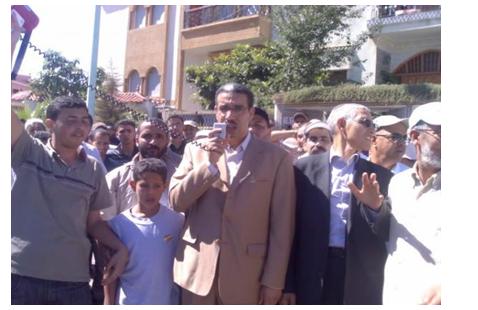 """اعتقال شقيق """"عزيز الرباح"""" وأفراد من عائلته بالقنيطرة"""