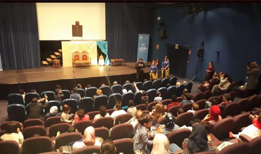 ضمن جولة بدأت باسبانيا وتتواصل بكل من النمسا وبريطانيا وأمريكا احتفاء كبير بنجمة مسرح الطفل المغربي