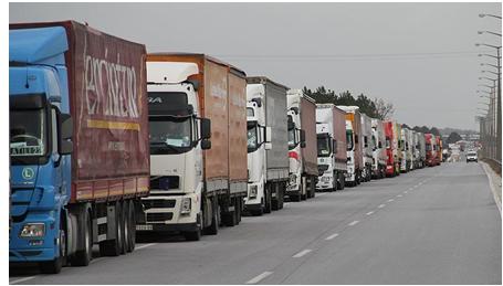 وثيقة/ ضغوط 'الباطرونا' تدفع ولاية الرباط إلى التراجع عن منع الشاحنات من العبور و إفراغ حمولاتها وسط المدينة !