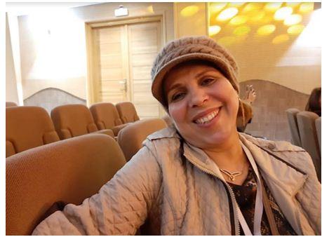 """الفنانة التشكيلية """"نعيمة الحيمر"""" مفخرة وكنز للفن المغربي """