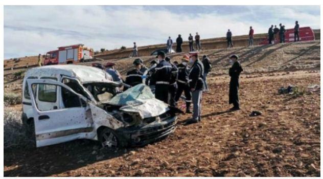 اصطدام سيارة بشجرة يخلّف قتلى من أسرة واحدة