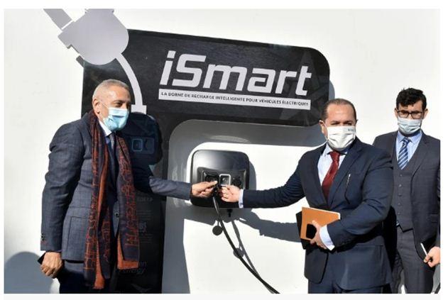 """هسبريس اقتصاد وزير الصناعة يعرض أول شاحن ذكي للسيارات الكهربائية """"مغربي الصُّنع"""""""